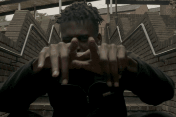 DC drops slick visuals for 'Local 2'